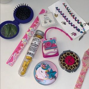 Lot of 9 girly items